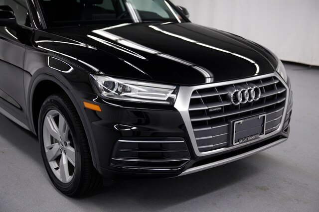 Pre-Owned 2018 Audi Q5 2.0T Premium w/Technology Package