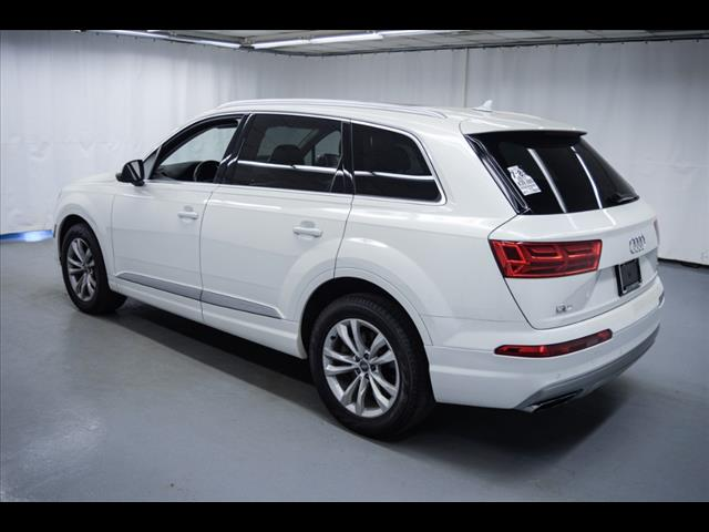 Pre-Owned 2017 Audi Q7 3.0T quattro Premium Plus